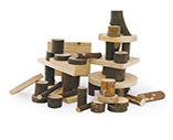 Simple and effective: wooden blocks